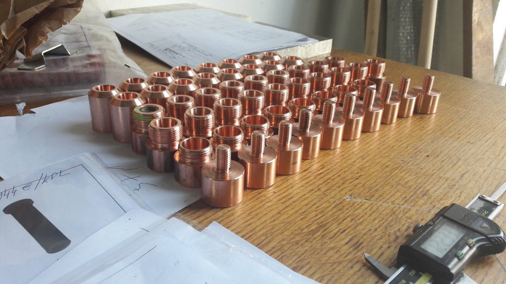 CNC-Fräsen mit angetriebenen Werkzeugen